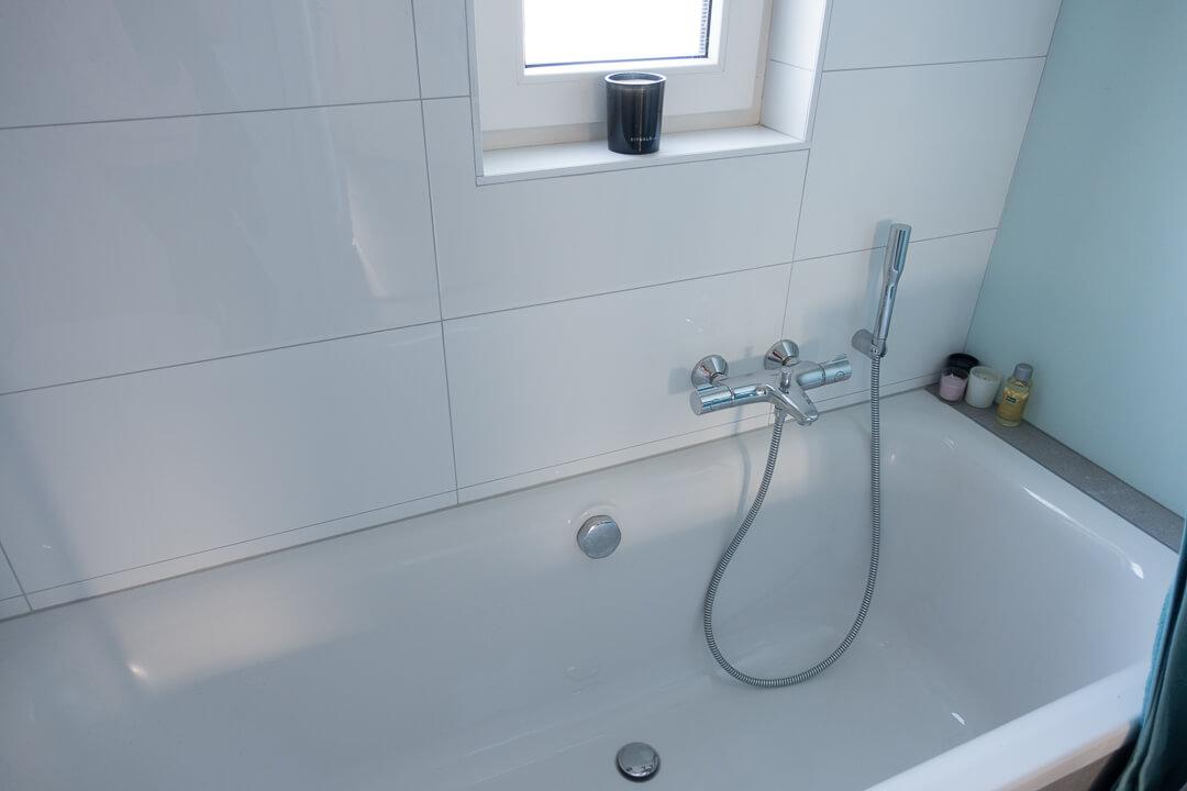 Badkamer Opnieuw Betegelen : De verbouwing van onze badkamer * moonoloog