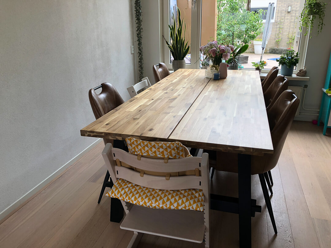 Eettafel In Woonkamer : Project woonkamer nieuwe eettafel moonoloog