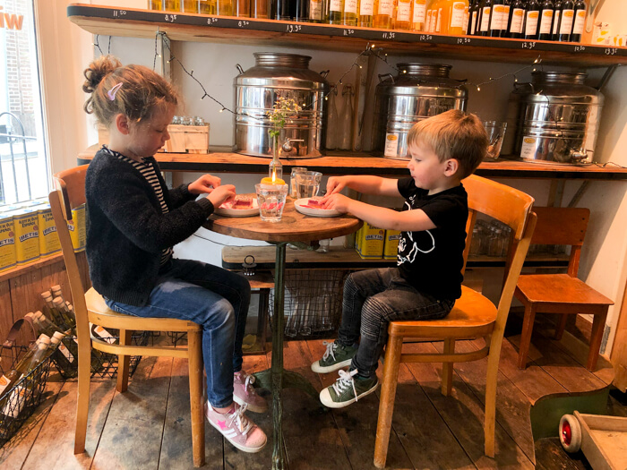 kindvriendelijke koffiebars